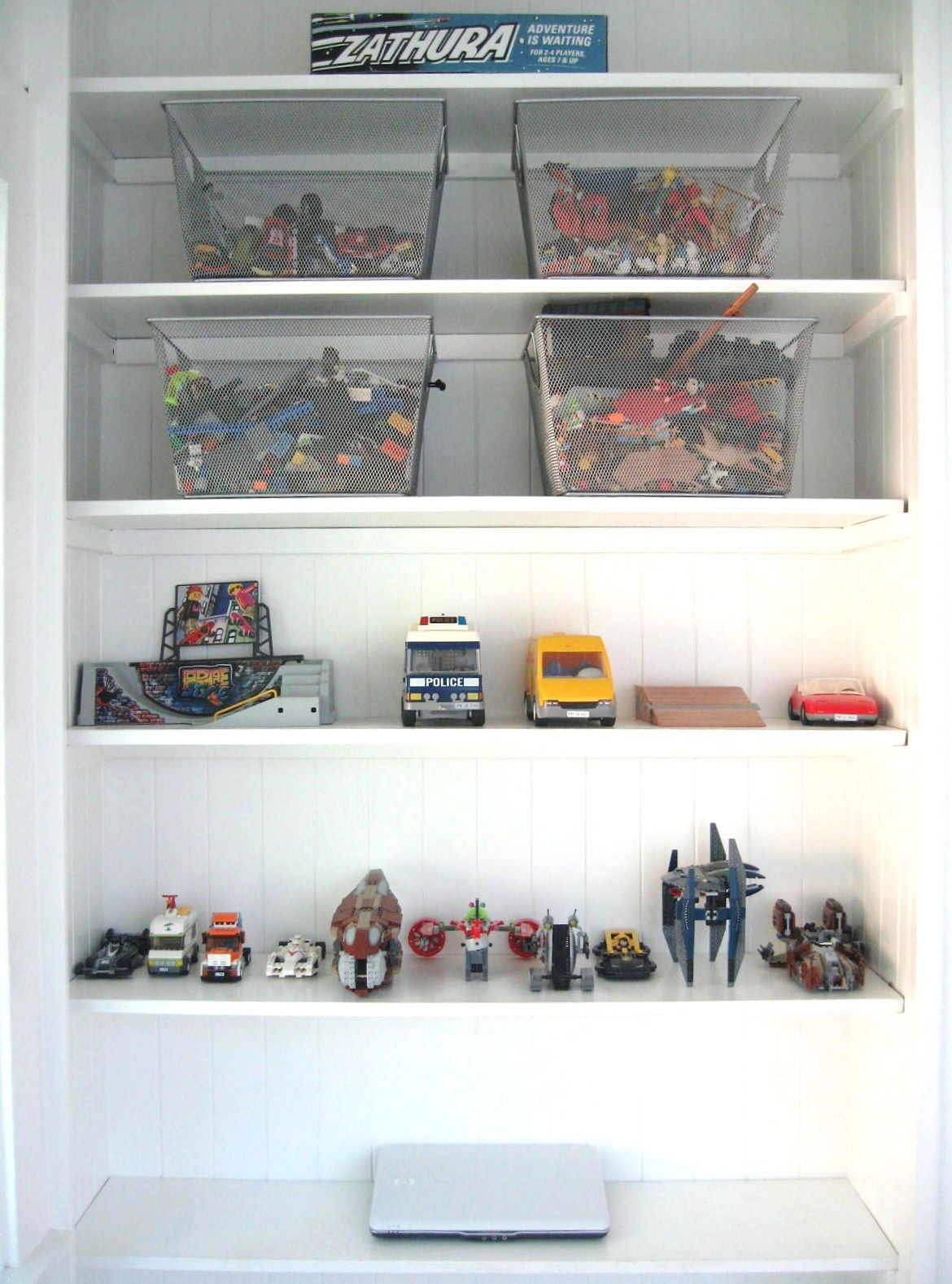 see through bins bea johnson house pinterest room closet zero waste and toy. Black Bedroom Furniture Sets. Home Design Ideas