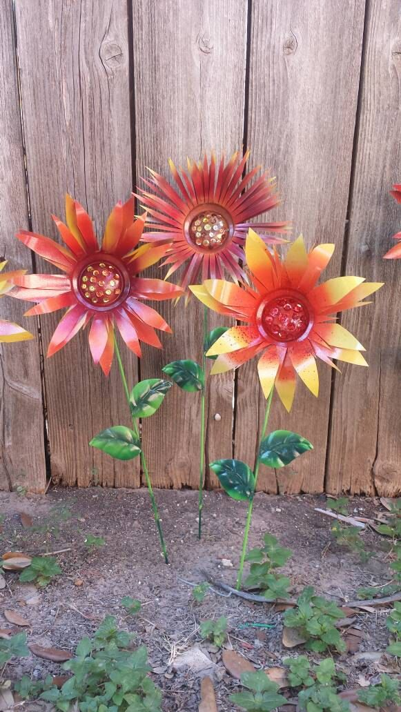 Incroyable Garden Stakes, Solar Lights, Metal Flowers And More By GardenDreamsDecor