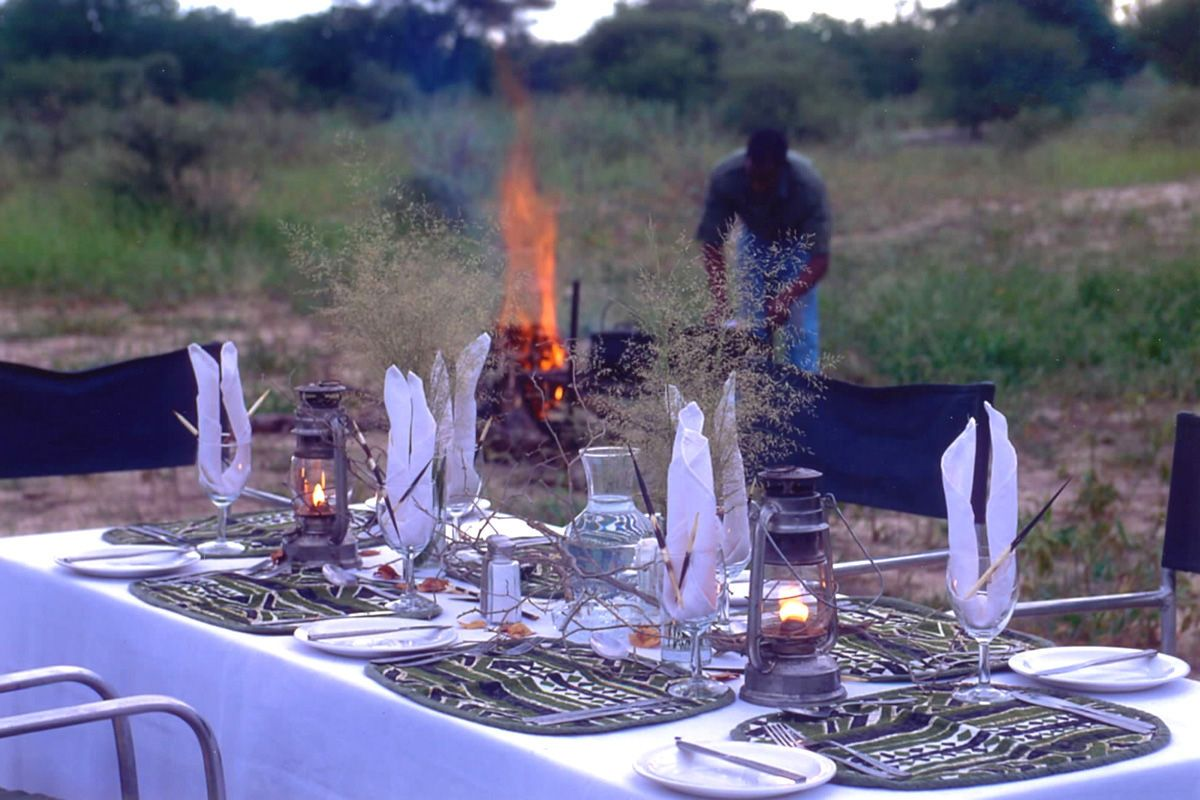 A comfortable camping safari in the bush and surrounded by wildlife in northern Botswana - an amazing experience!
