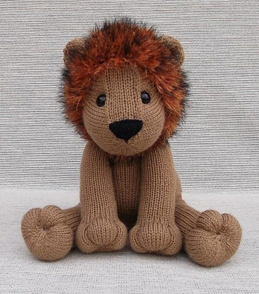 Lovable Lion   Stuffed toys patterns, Lion toys, Animal ...
