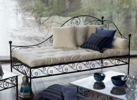 m ridienne en fer forg salon pinterest daybed eclectic decor and hall. Black Bedroom Furniture Sets. Home Design Ideas