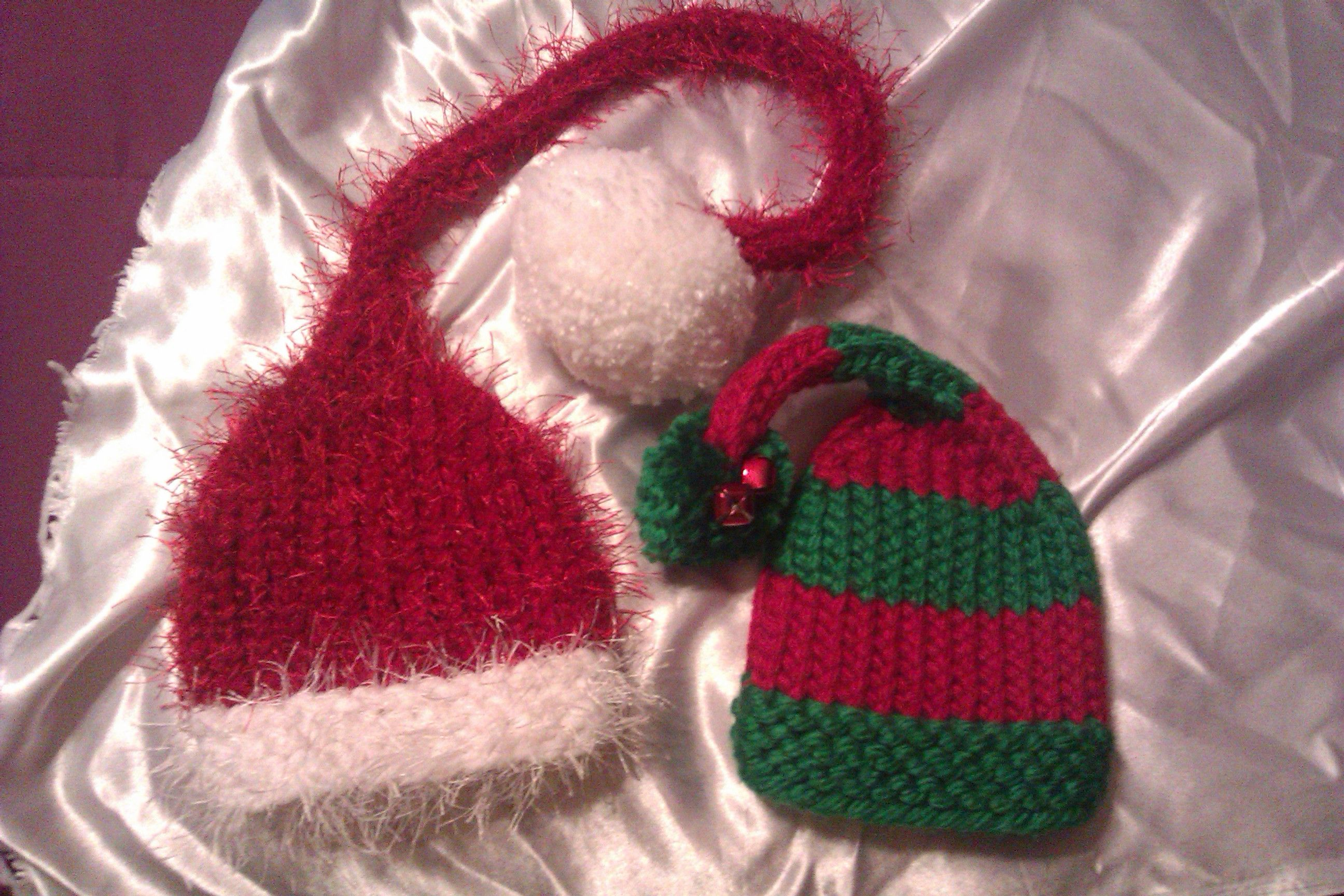 Knitting Patterns For Christmas Hats : Loom Knitted Christmas Pixie Hats loom knitting Pinterest