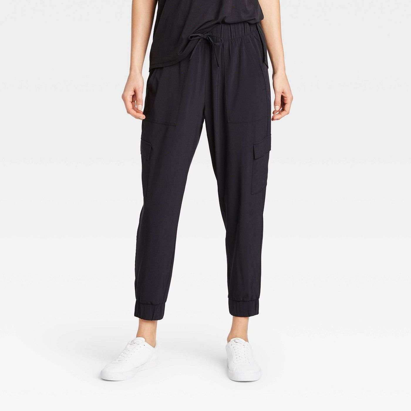 Women's Stretch Woven Cargo Joggers All in Motion?