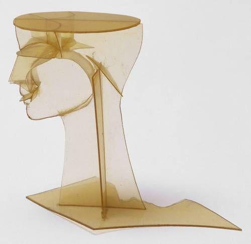 Antoine Pevsner - Head ca.1923-1924, plastic, 770 x 590 x 920 mm © ADAGP, Paris and DACS, London 2002/Tate