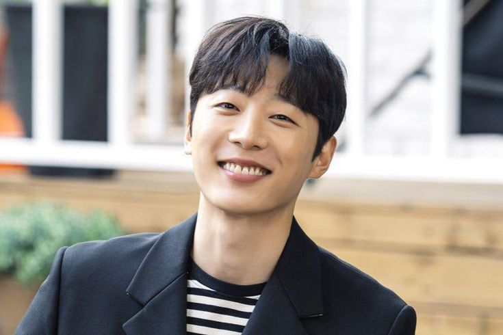 """Shin Hyun Soo On Getting Close With Yuri And Jung Il Woo, His Character's Ending Scene In """"Bossam: Steal The Fate,"""" And More"""