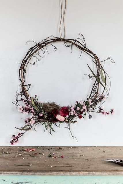 some thoughts on making wreaths and a competition #articlesblog