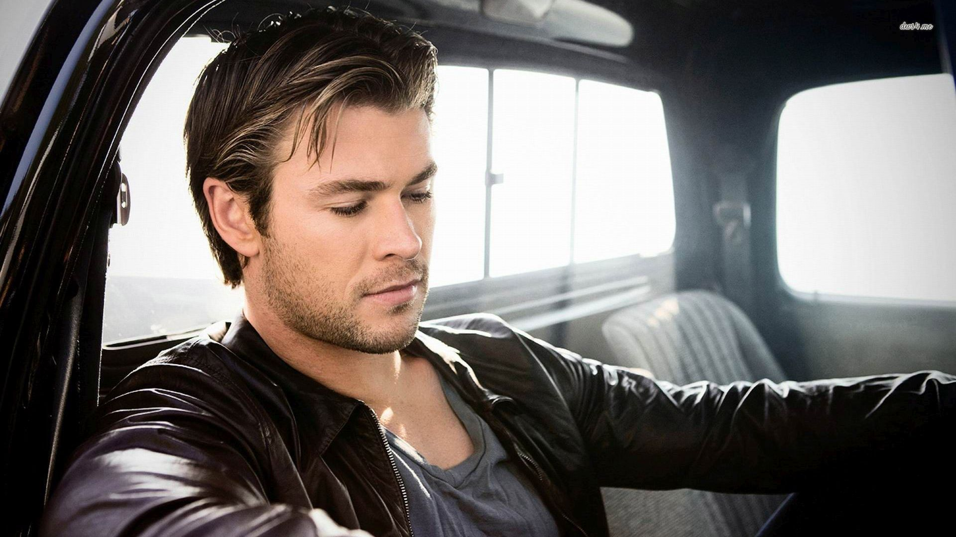 Chris Hemsworth Body Thor - wallpaper. | MALE CELEBRITY ...