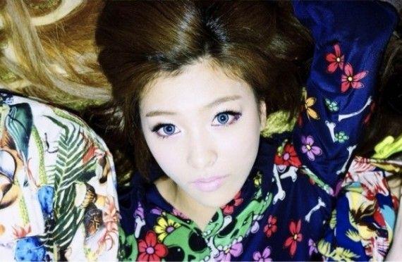 f(X) Electric Shock Luna Brown Long Side Part | Cute Asian ... F(x) Luna Electric Shock Hair