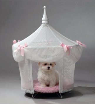 Pet Tent Small Dog Bed Sugarplum Princess Http Pet Supplies Quality Pet Products Blogspot Com 2014 01 Pet Ho Princess Dog Bed Princess Dog Dog Bed Luxury