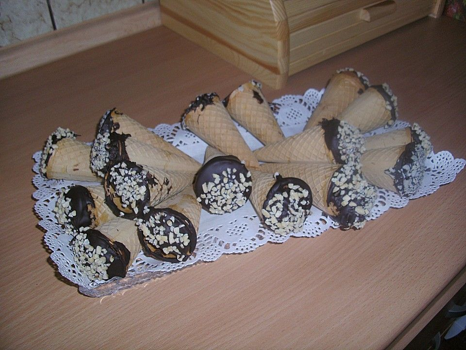 Kuchen im Eishörnchen (Rezept mit Bild) von mumpel1971 | Chefkoch.de