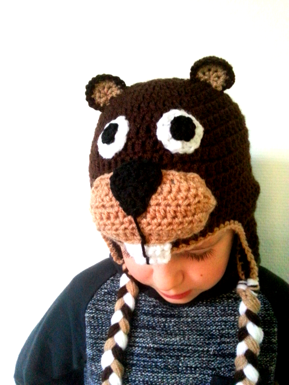 We Love Cozy   All year round challenge  B from Beaver - free crochet beaver  hat pattern for pre-schooler to adult XL. 70e72ec69a2