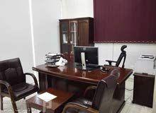 مكتب بحي العدل مكة المكرمة بالقرب من مستشفى السلام للتقبيل Home Decor Home Furniture