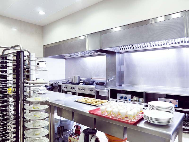 Cocina industrial y para grandes colectividades mobiliario de cocina industrial gamadecor - Mobiliario de cocina industrial ...