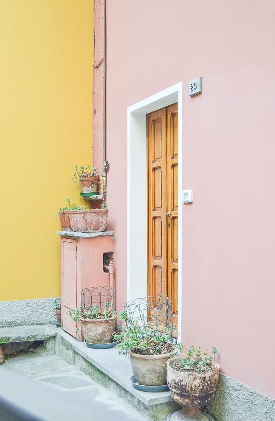 Monday Musings Design Inspiration Pinterest Pink Walls Houses And Pastel