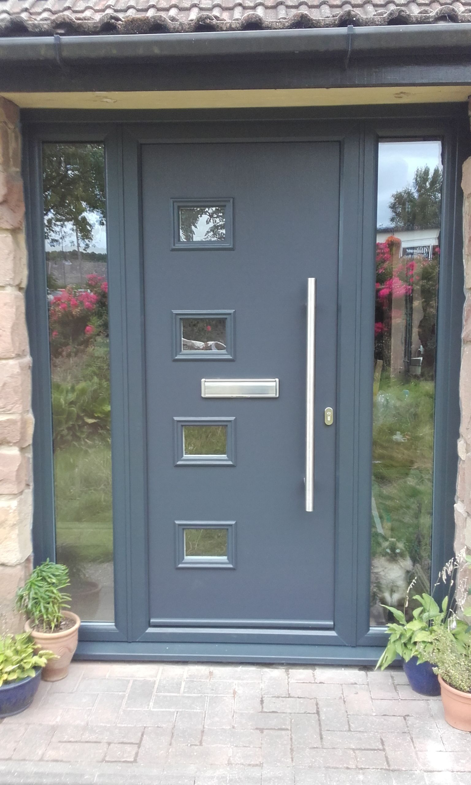 Our modern range of composite doors complete with a stainless steel pull handle looks stunning in Anthracite Grey. Find your nearest installer \u0026 get a quote ... & Our modern range of composite doors complete with a stainless steel ...