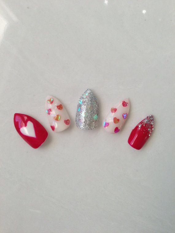 Valentine's day heart glittery fake nails by SAKURACollection, $23.00