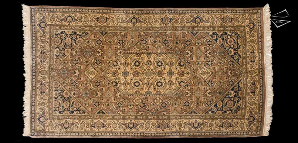 Persian Design Carpet 4 10 X 8 8 Main Color Is Gold Rugs On Carpet Rugs Large Rugs
