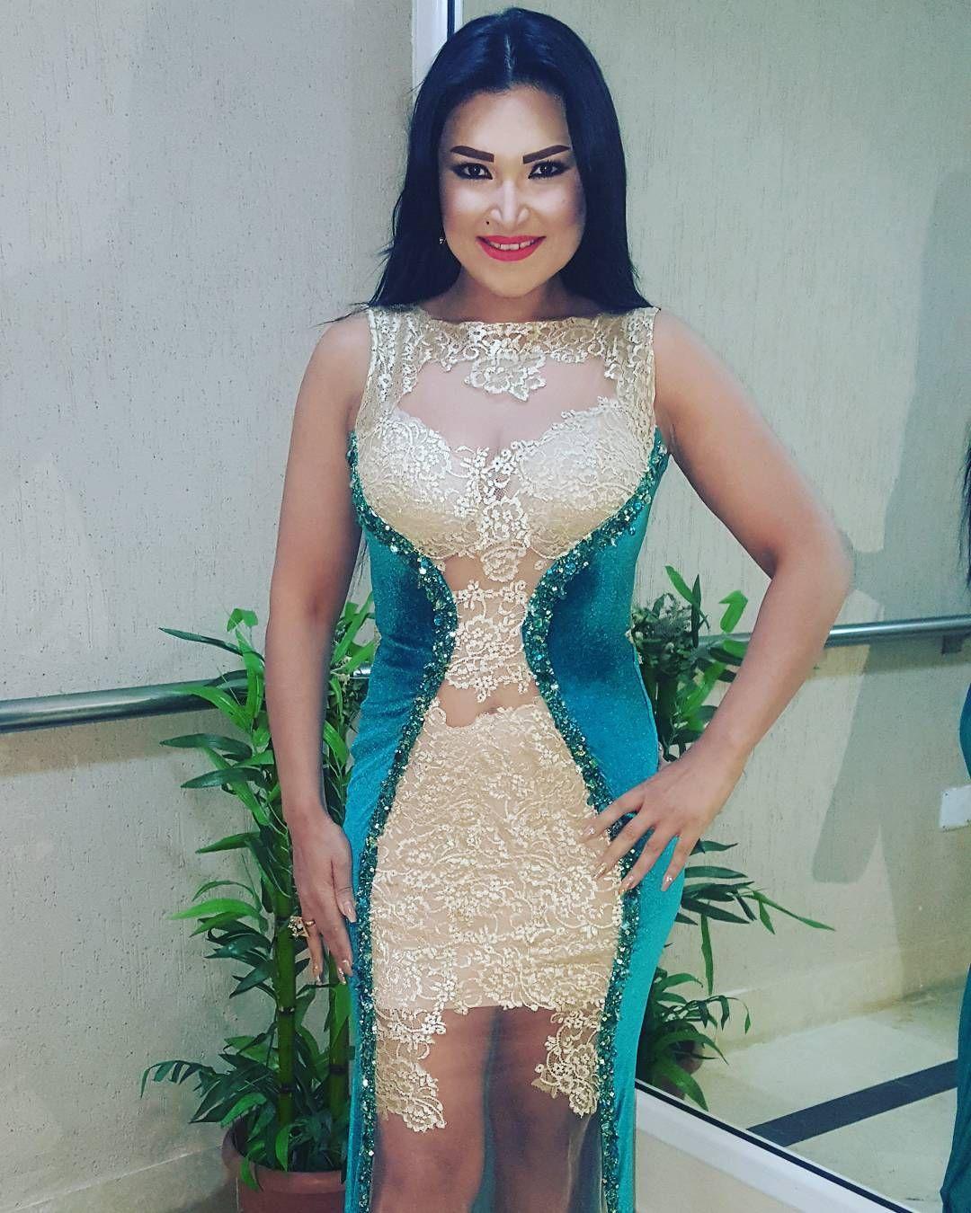 157 Mentions J Aime 7 Commentaires Najla Ettounsia نجلاء التونسية Officialnajlaettounsia Sur Instagram Bonj Dresses Formal Dresses Long Formal Dresses