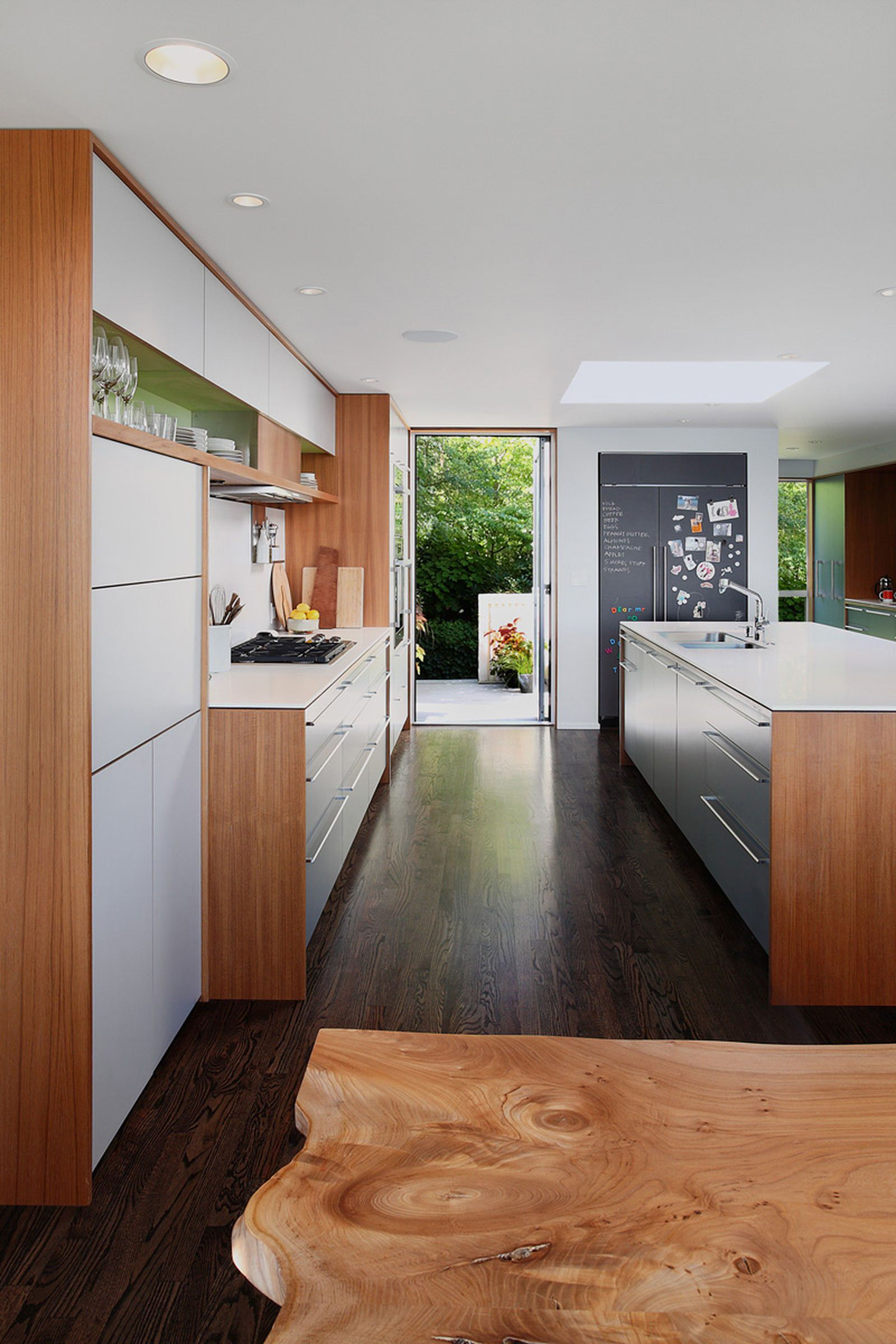 galley kitchen remodel ideas small galley kitchen design makeovers and plans galley on kitchen remodel galley style id=37992