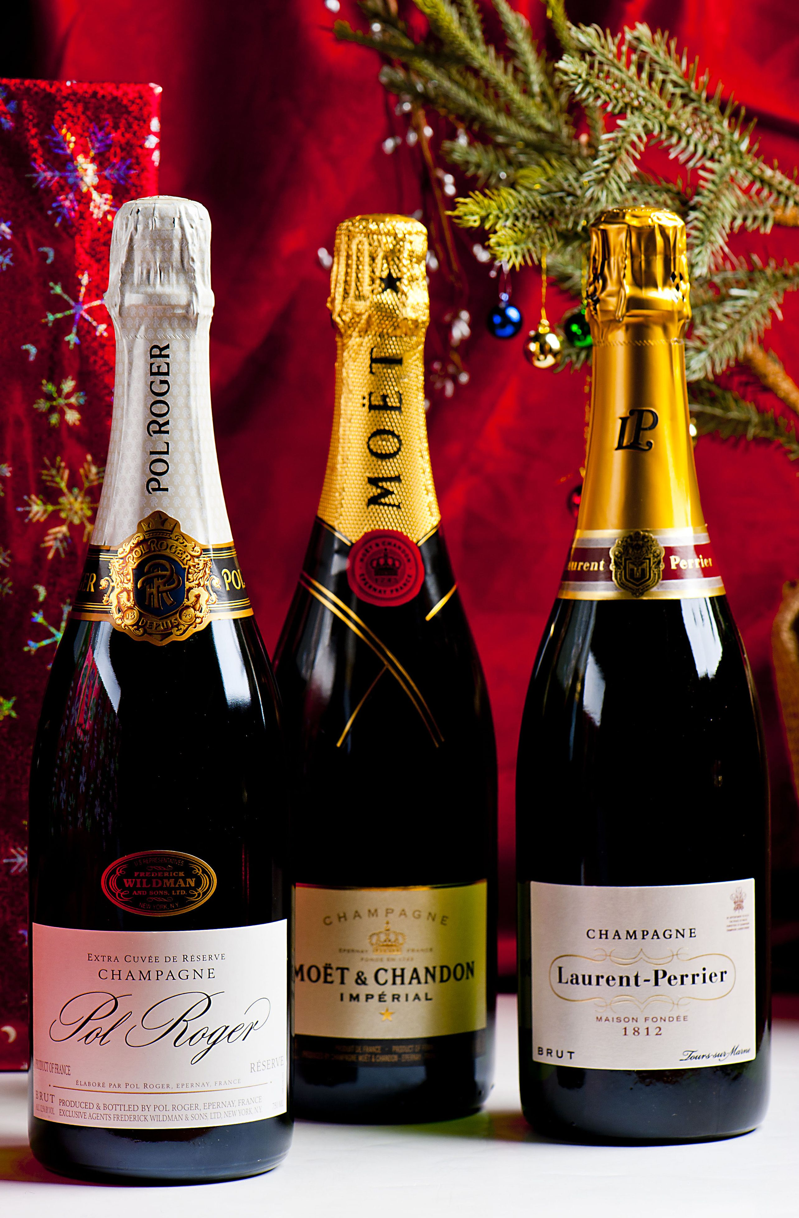 Give The Gift Of Wine For The Holidays Morrell Wine Bar Cafe Wine Enthusiast Gifts Wine
