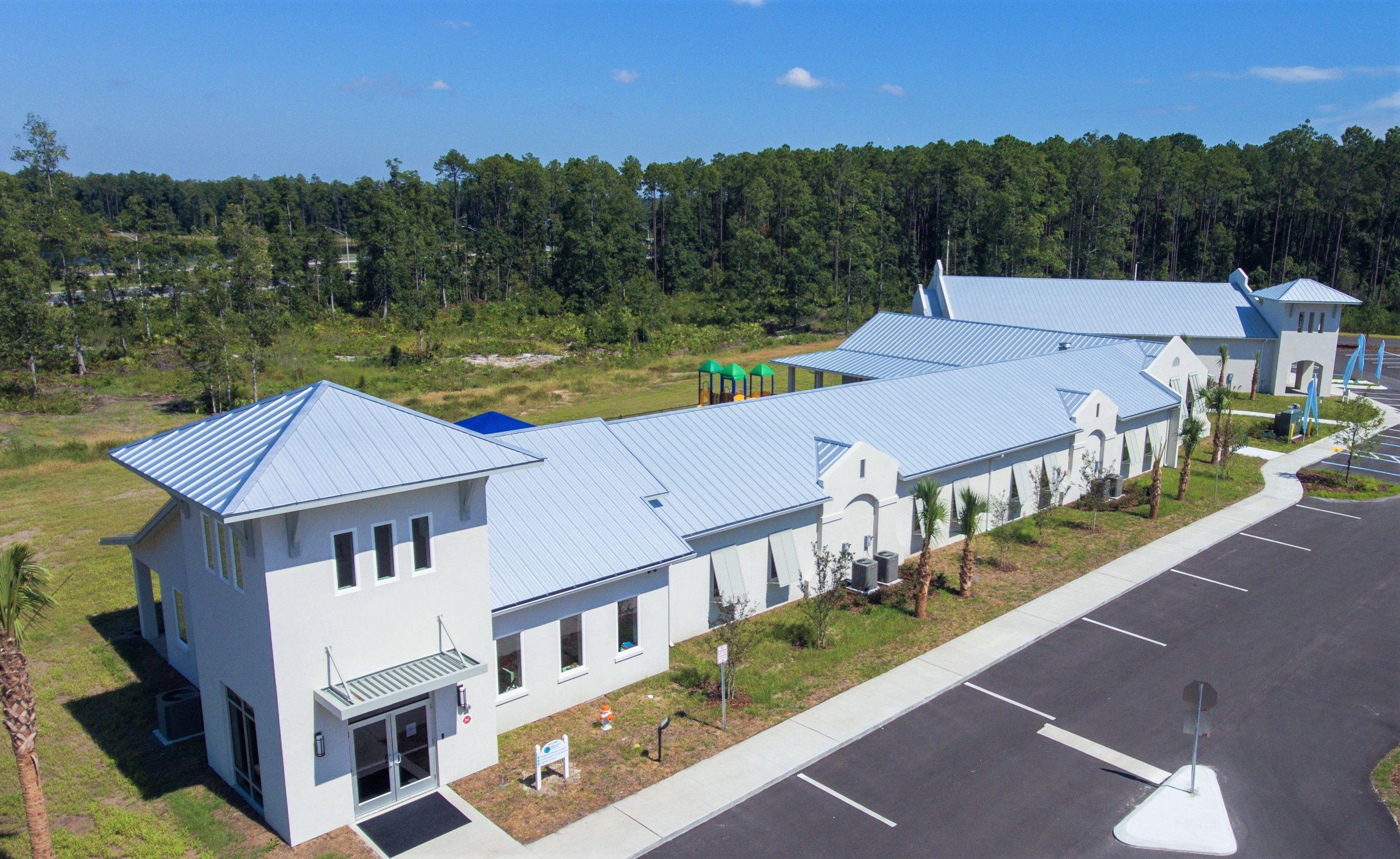 Commercial Roofing Jacksonville Fl Weatherlock Roofing Contractor In 2020 Commercial Roofing Roofing Contractors Roofing