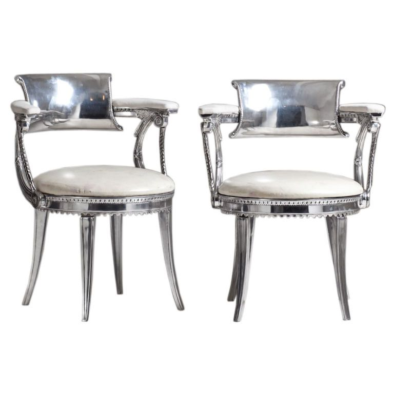 Superieur A Rare Pair Of Custom Made Dorothy Draper Designed Chairs