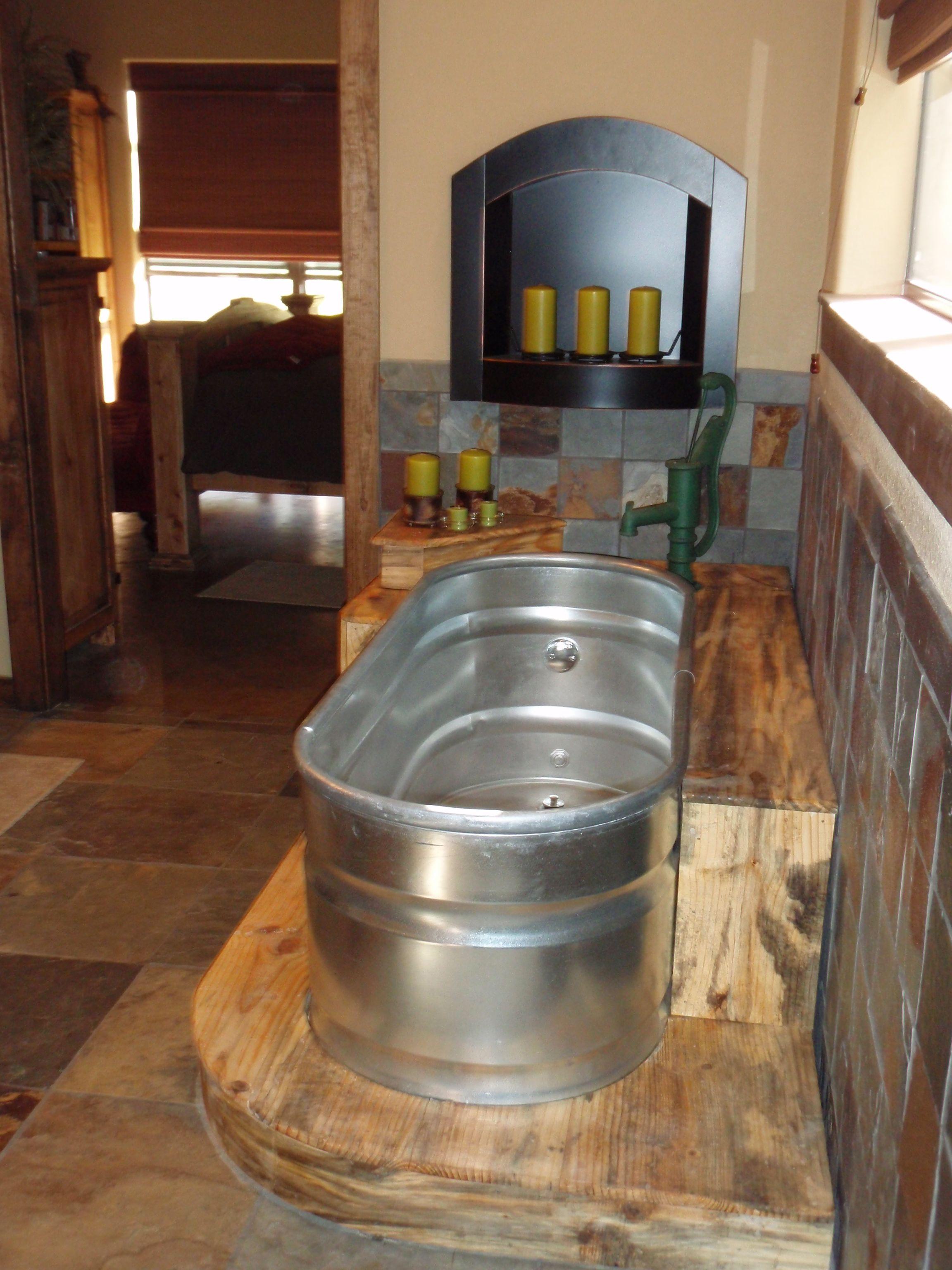 Feed Trough Bathtub With Old Hand Pump Faucet I Still Love It Tin Bathtub Galvanized Bathtub Country Style Bathrooms