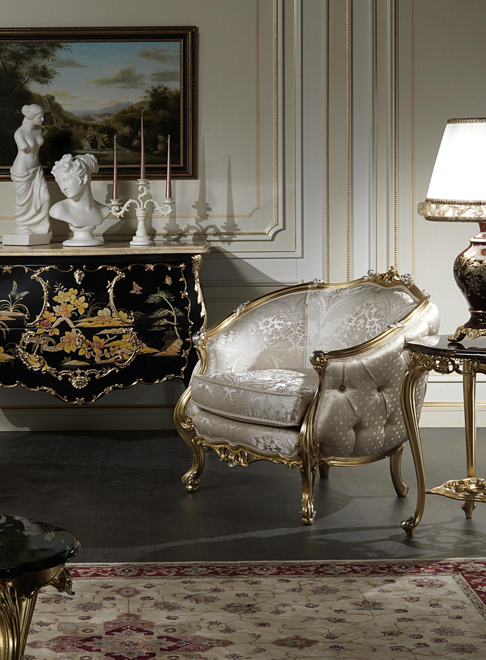 Exceptionnel Classic Luxury Living Rooms: The Exclusive Collections Of Handcrafted Made  In Italy, They Combine Beauty And Style For A Truly Luxurious