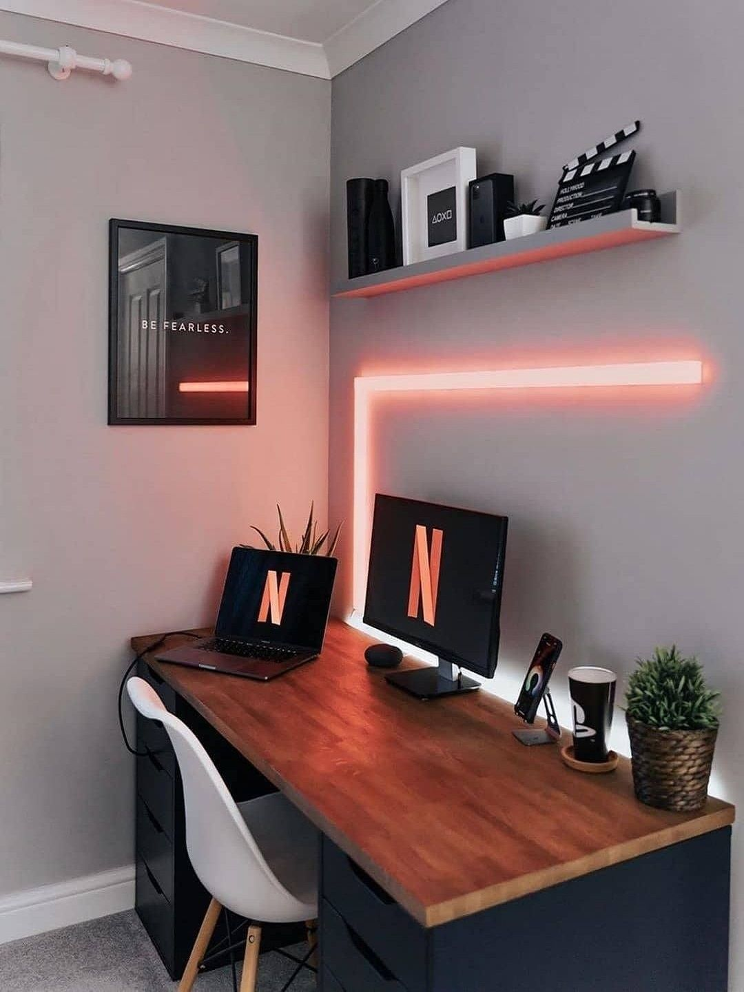 Decorate Your Home Office With Lights