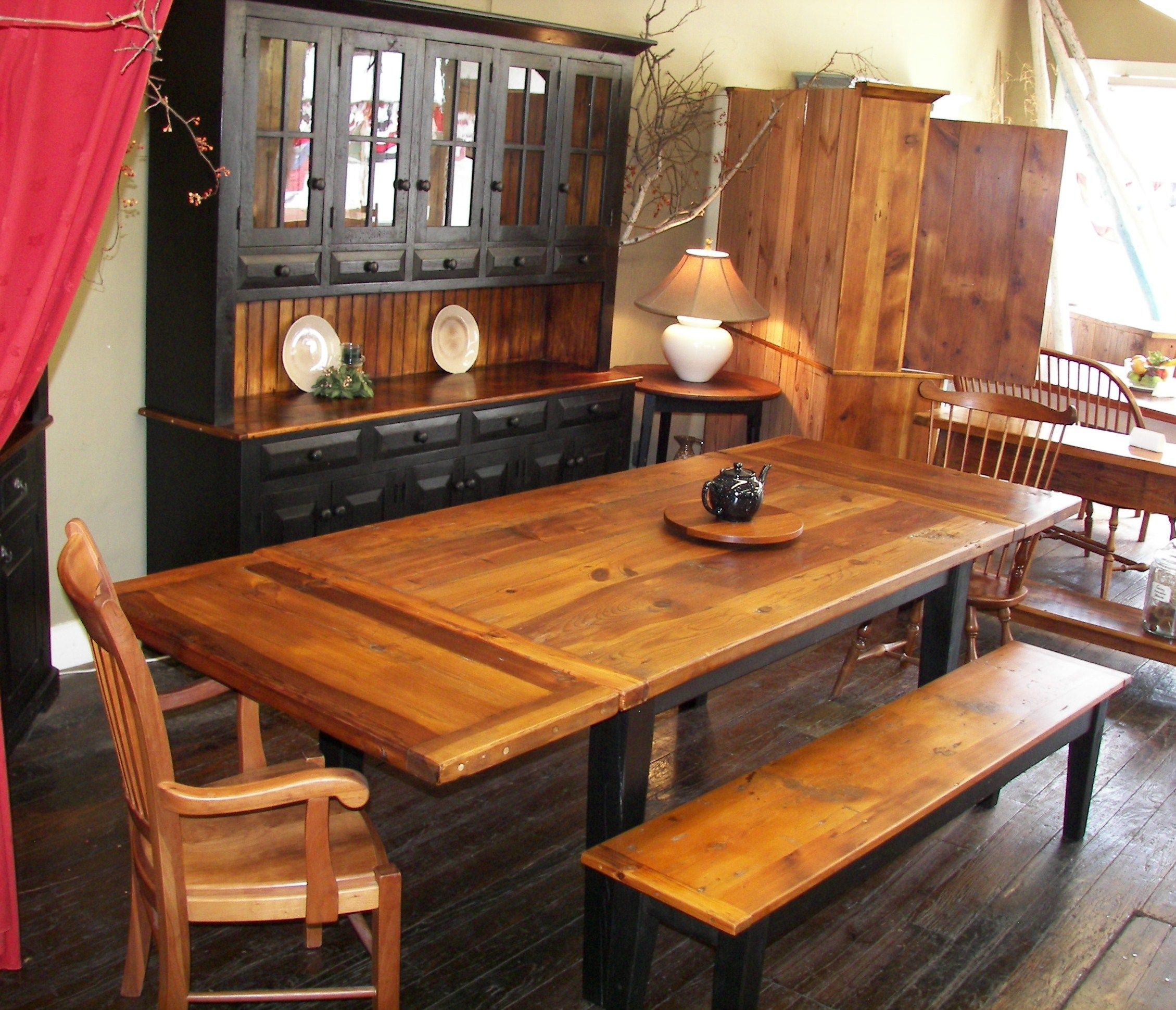 Two Tone Barn Wood Hutch Table And Bench Tie Your Dining