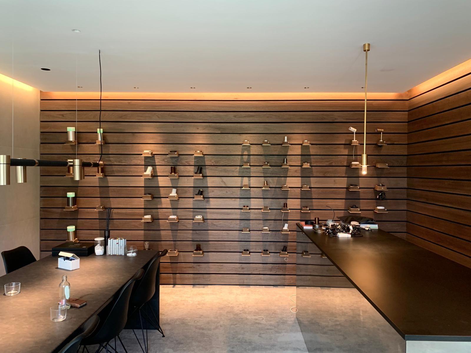 #Lichtmeesters #onea #lightingdesign #showroom