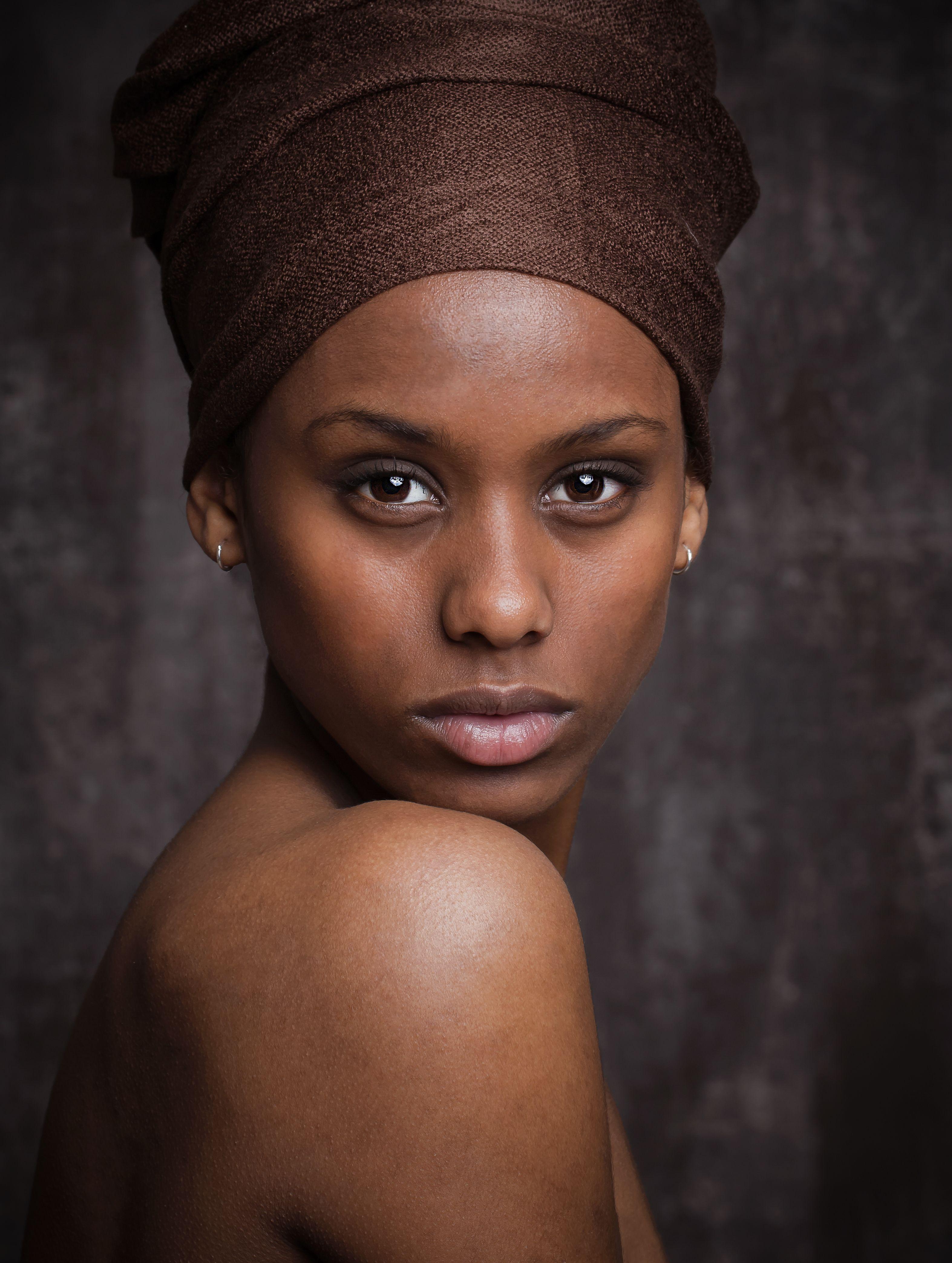 Gratis ibenholt sorte kvinder