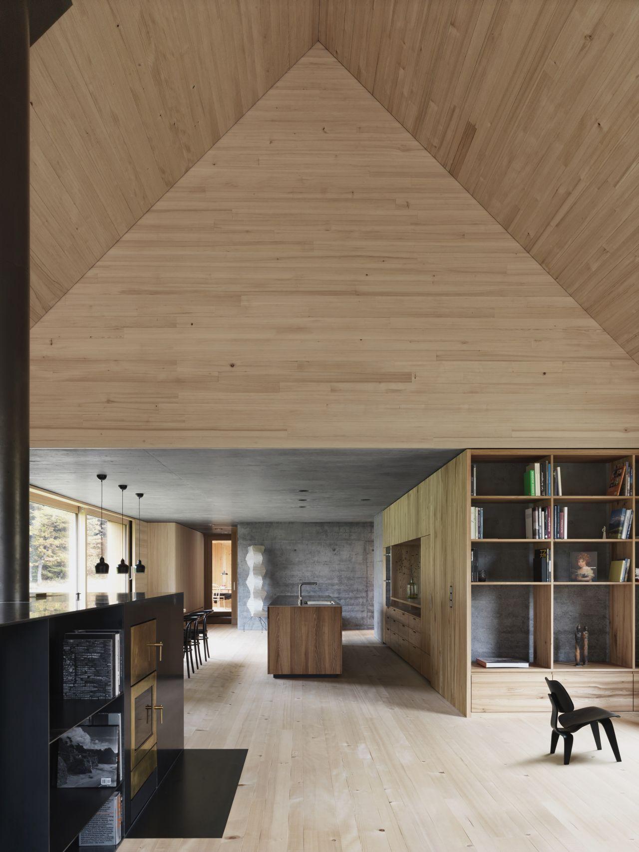 Home design bilder eine etage haus am moo  bernardo bader architects  interior with oomph