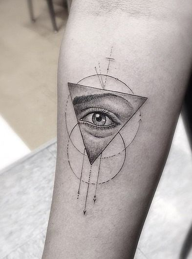 The Unique Tattoo Trend Taking Over Instagram | Geometric ...