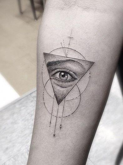 The Unique Tattoo Trend Taking Over Instagram | Geometric ...