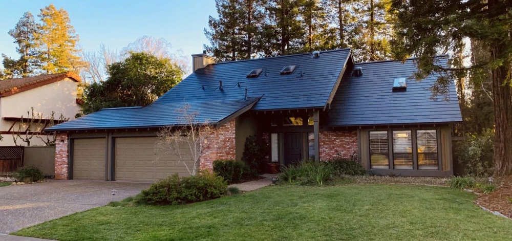 Tesla Announced That Gigafactory New York Achieved Solar Roof Tile Production Of 4 Mw Last Week Which It Claims In 2020 Roof Installation Tesla Solar Roof Solar Roof