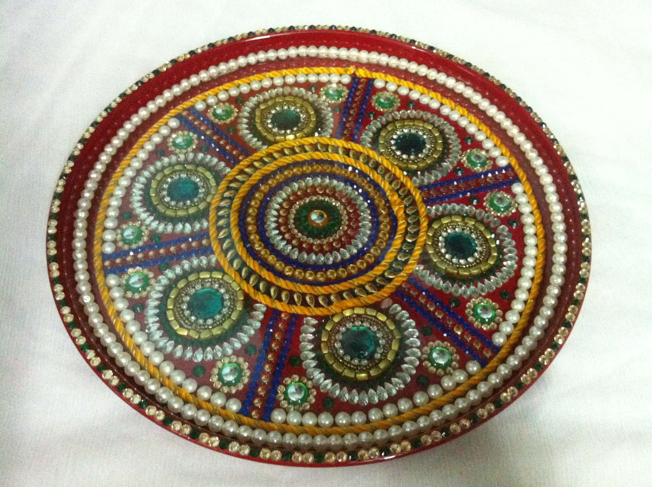 Get designer poojathali for your home and office with 13 for Aarti dish decoration