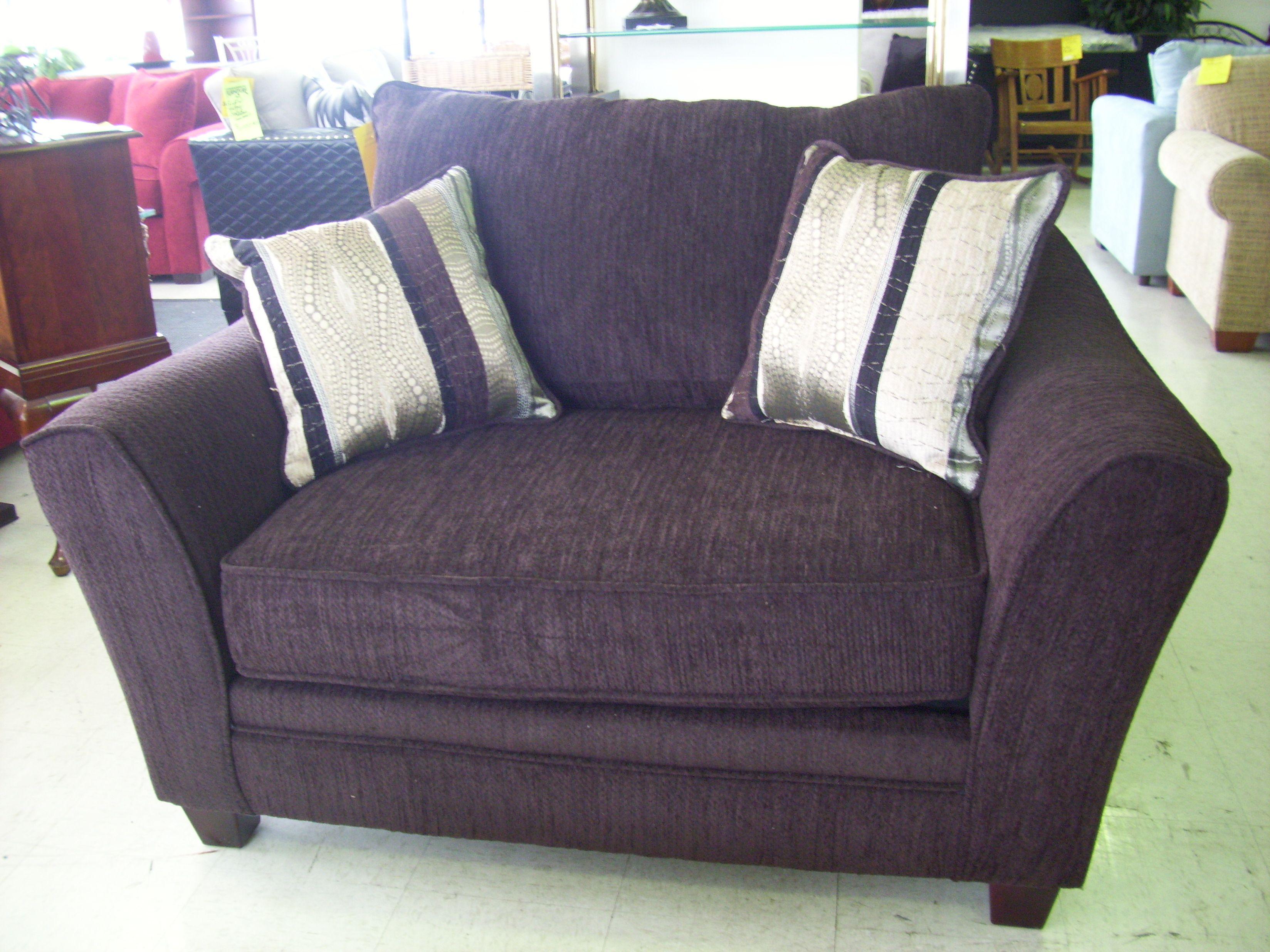 21492 waverly godiva oversized 3296 2472 for Oversized chair