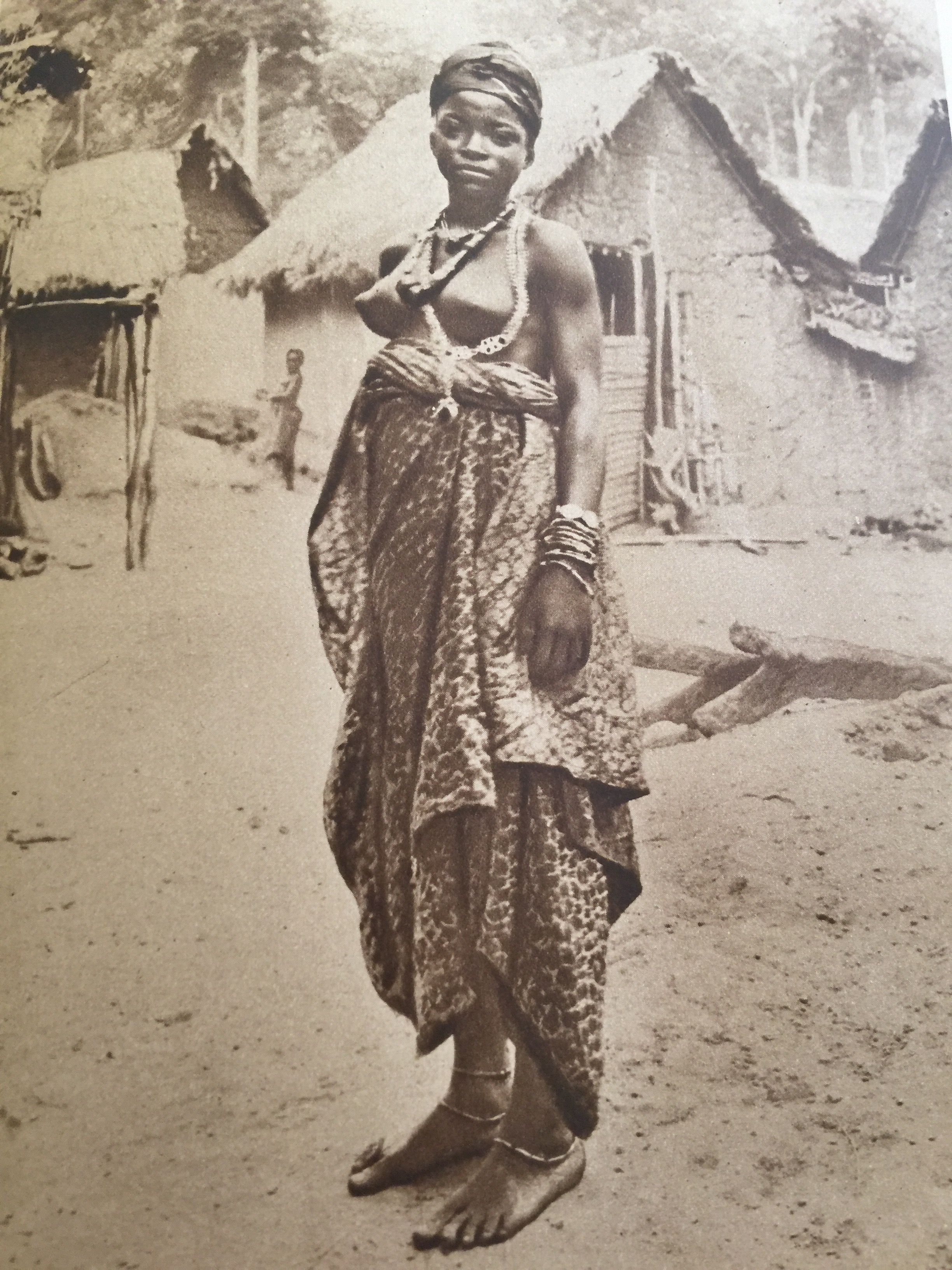 старые африканки фото все равно видно
