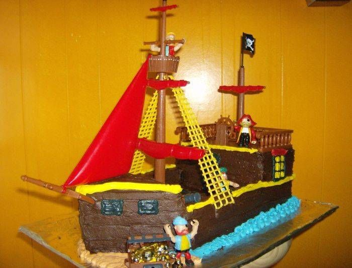 Kid Birthday Party Cake Gallery Pirate ships Pirate ship cakes