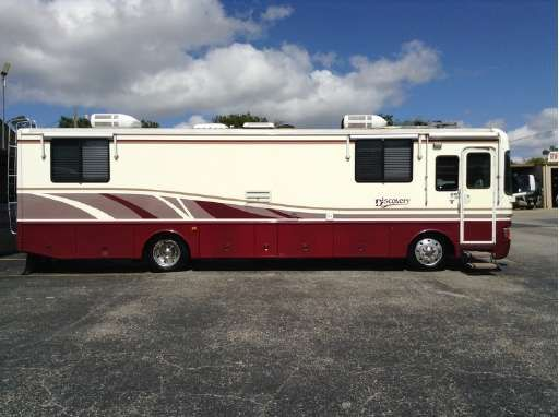 1998 Fleetwood Discovery 36t Kerrville Tx Rvtrader Com Fleetwood Discovery Fleetwood Rvs For Sale