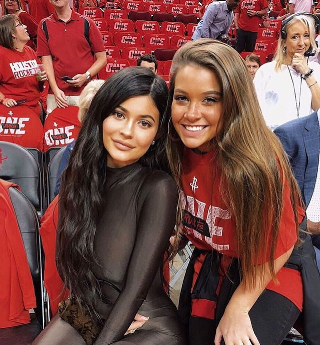 Kylie And Travis At A Basketball Game Kyliejenner Kyliejenner Travisscott Travisscott Kylie Jenner Kylie Jenner Style Kylie > travis scott height, weight, age, body statistics. kylie jenner kylie jenner style