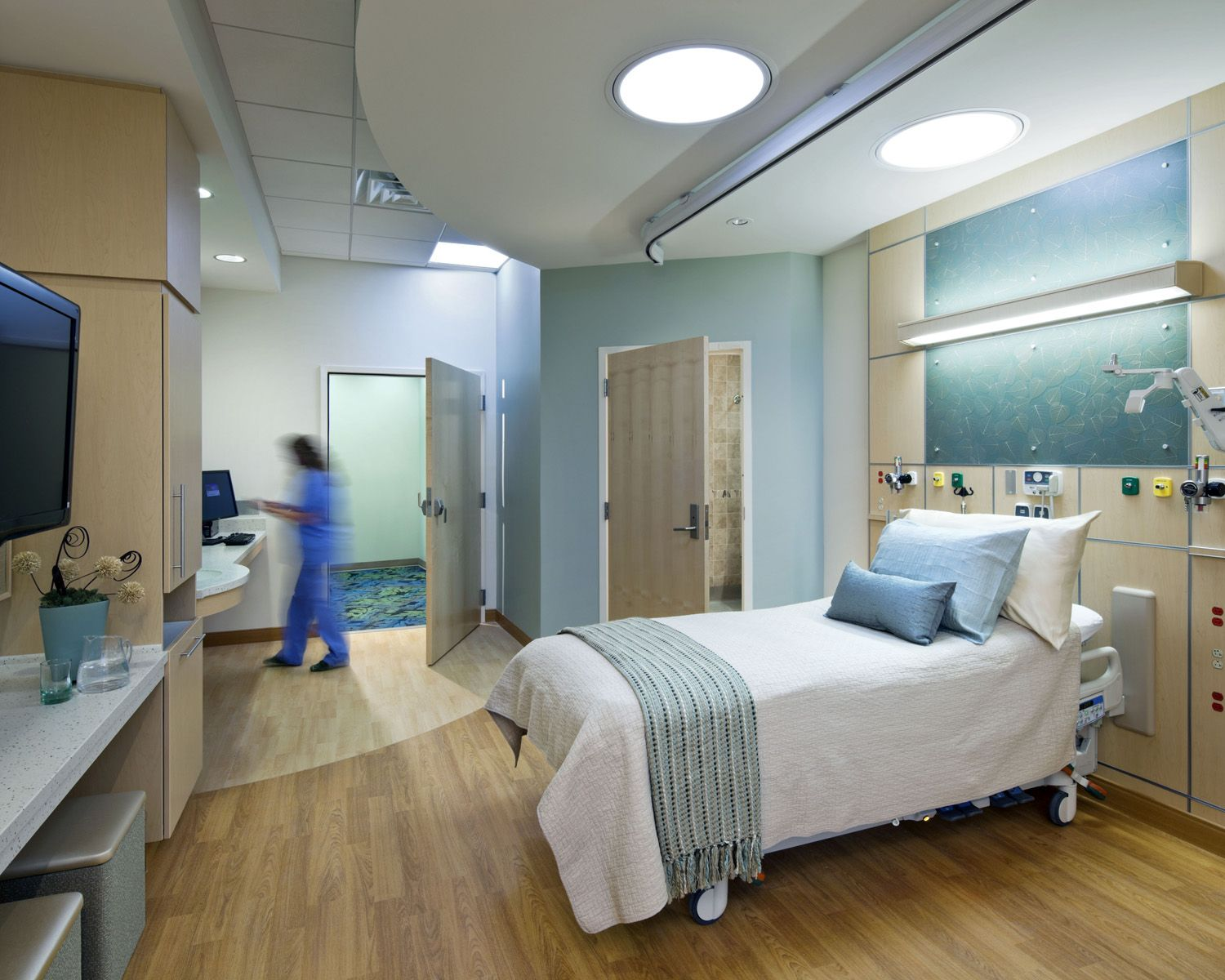 Hospital room google search h pital room pinterest for Chambre hopital design