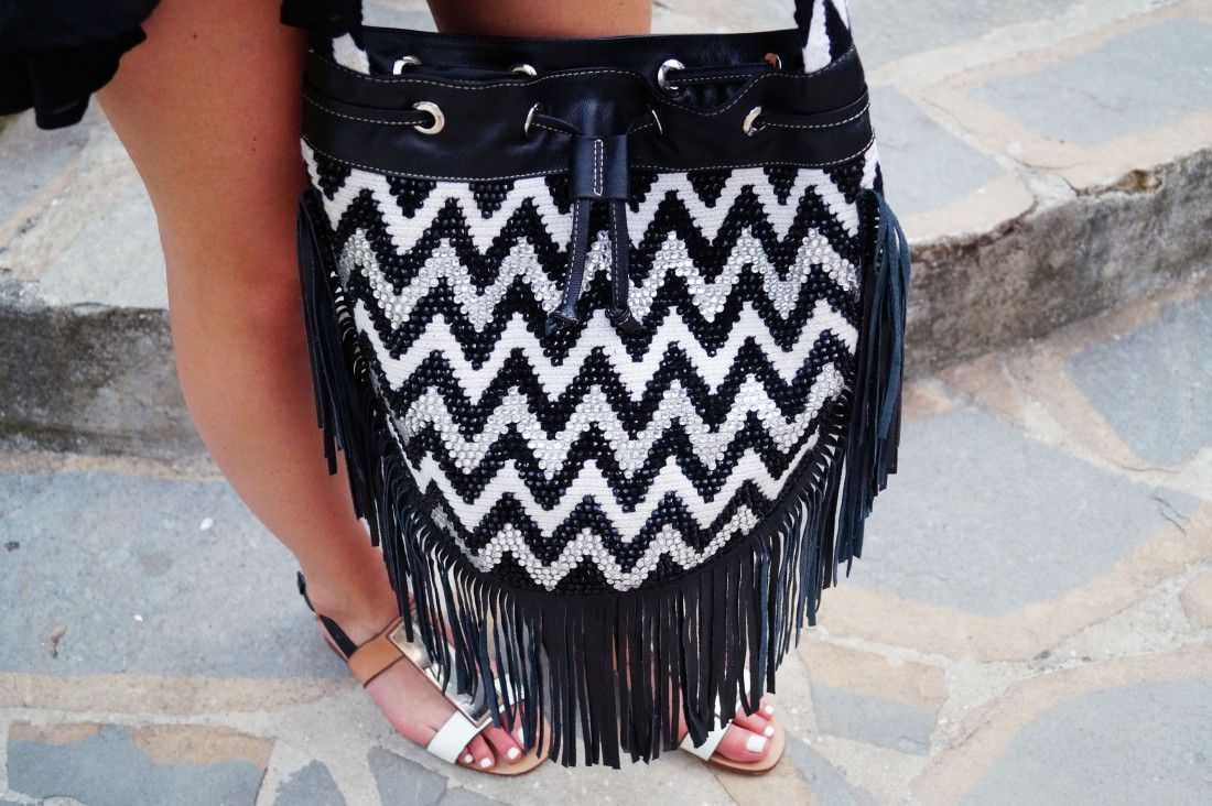 Bag at You - La Bendicion - Mochila Bag - Wayuu Colombia - Little ... bagatyou.com1100 × 732Sök med bild Bag at You - La Bendicion - Mochila Bag - Wayuu Colombia - Little black dress