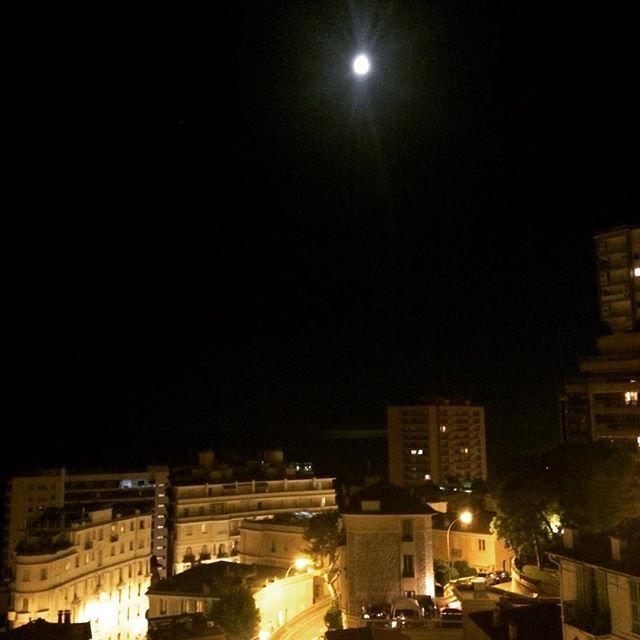 #Larvotto Sista kvällen innan vi åker hem. Fullmåne över Medelhavet. by claeselvefeldt from #Montecarlo #Monaco