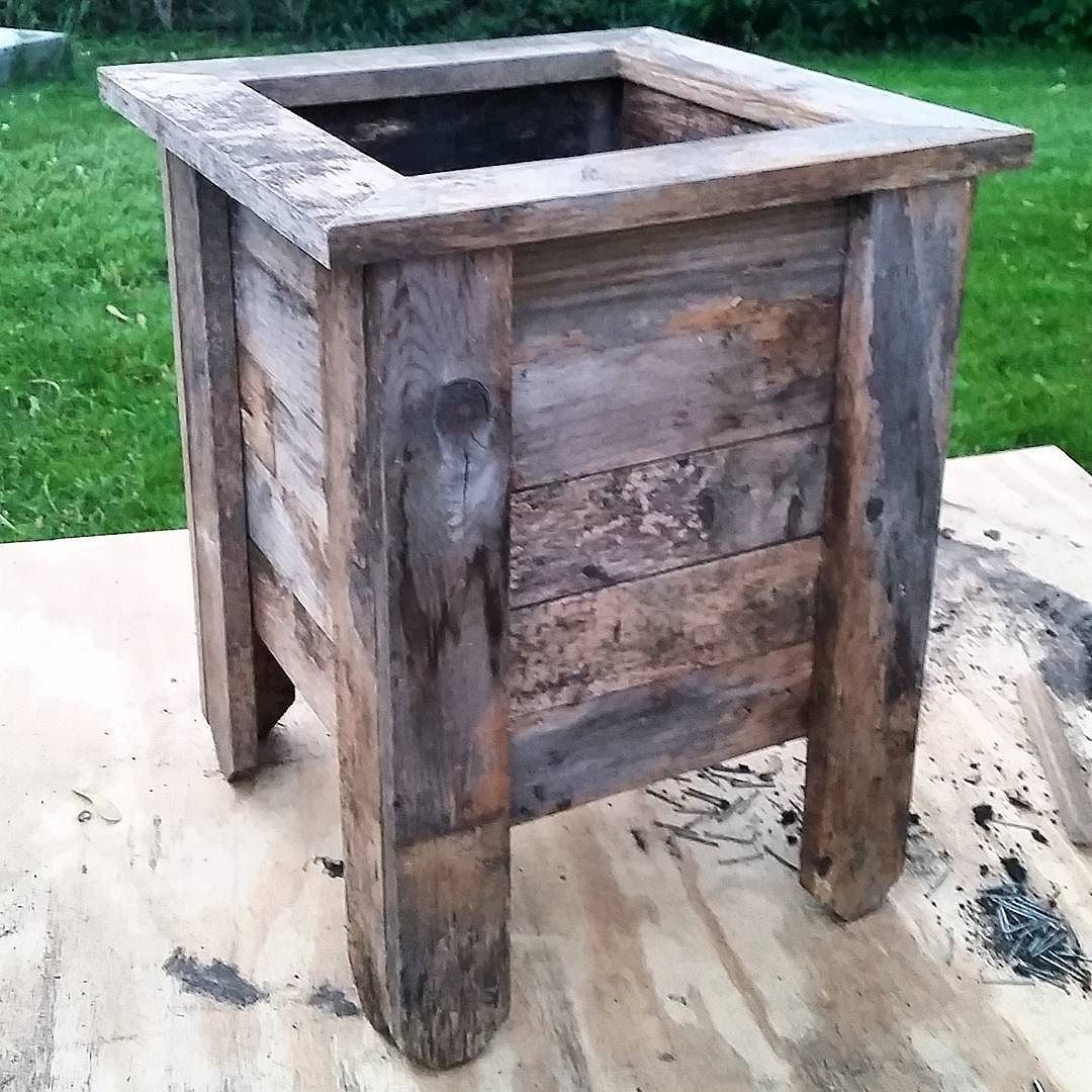 Simple Planters Weekend Build Planter Built From Reclaimed Fence Pieces This