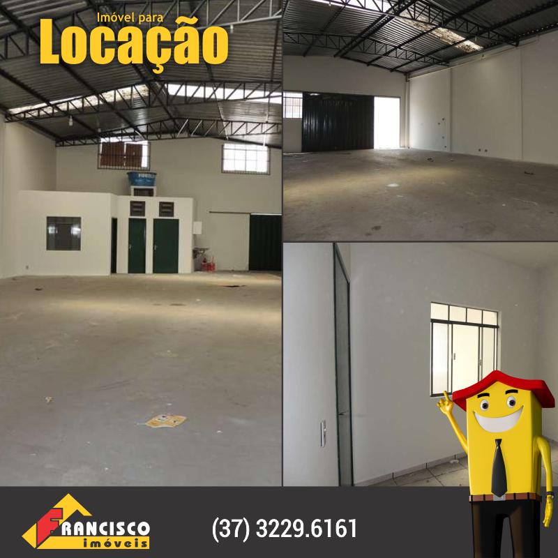 Bairro: Centro Código: 04502 Galpão comercial com área aproximada de 220m², 02 banheiros social, sala, estacionamento para 05 carros, piso em cerâmica e cimento liso. http://franciscoimoveis.com.br/index.php…