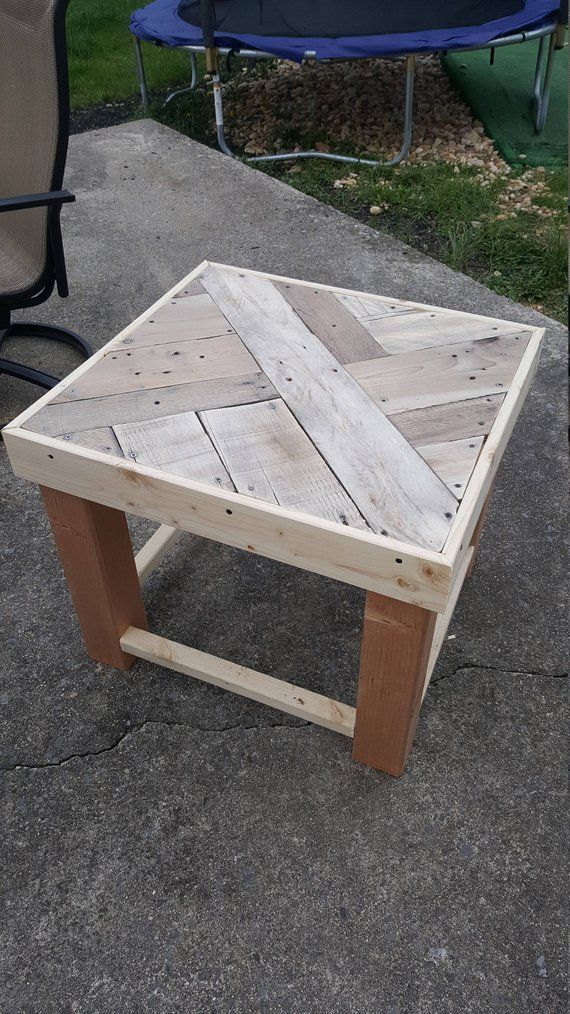 Reclaim Pallet End Table Night Stand Pallet End Tables Pallet Furniture Outdoor Pallet Diy