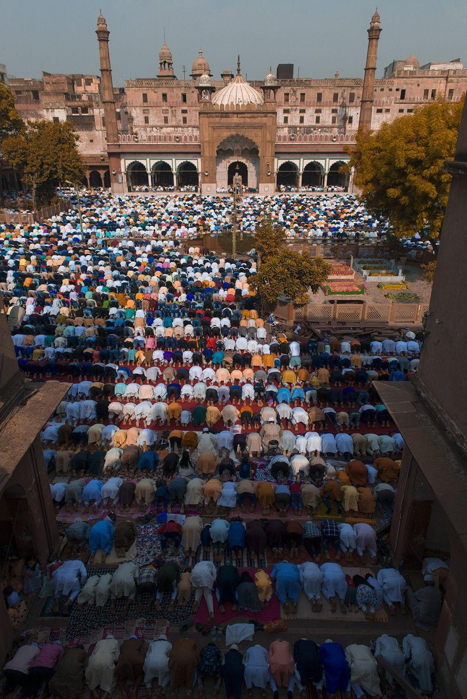 Fatehpuri Masjid EID Namaz. Delhi India #MyDelhiMyView #Delhi #EID  #EIDMubarak #NimitNigam   Masjid, Eid namaz, Eid