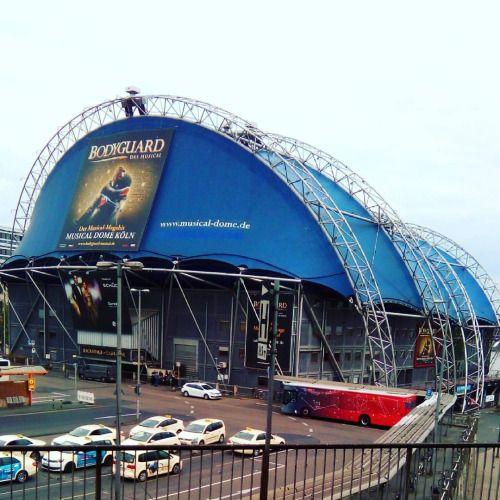 So grässlich hässlich … (hier: Musical Dome Köln -the Bodyguard-)